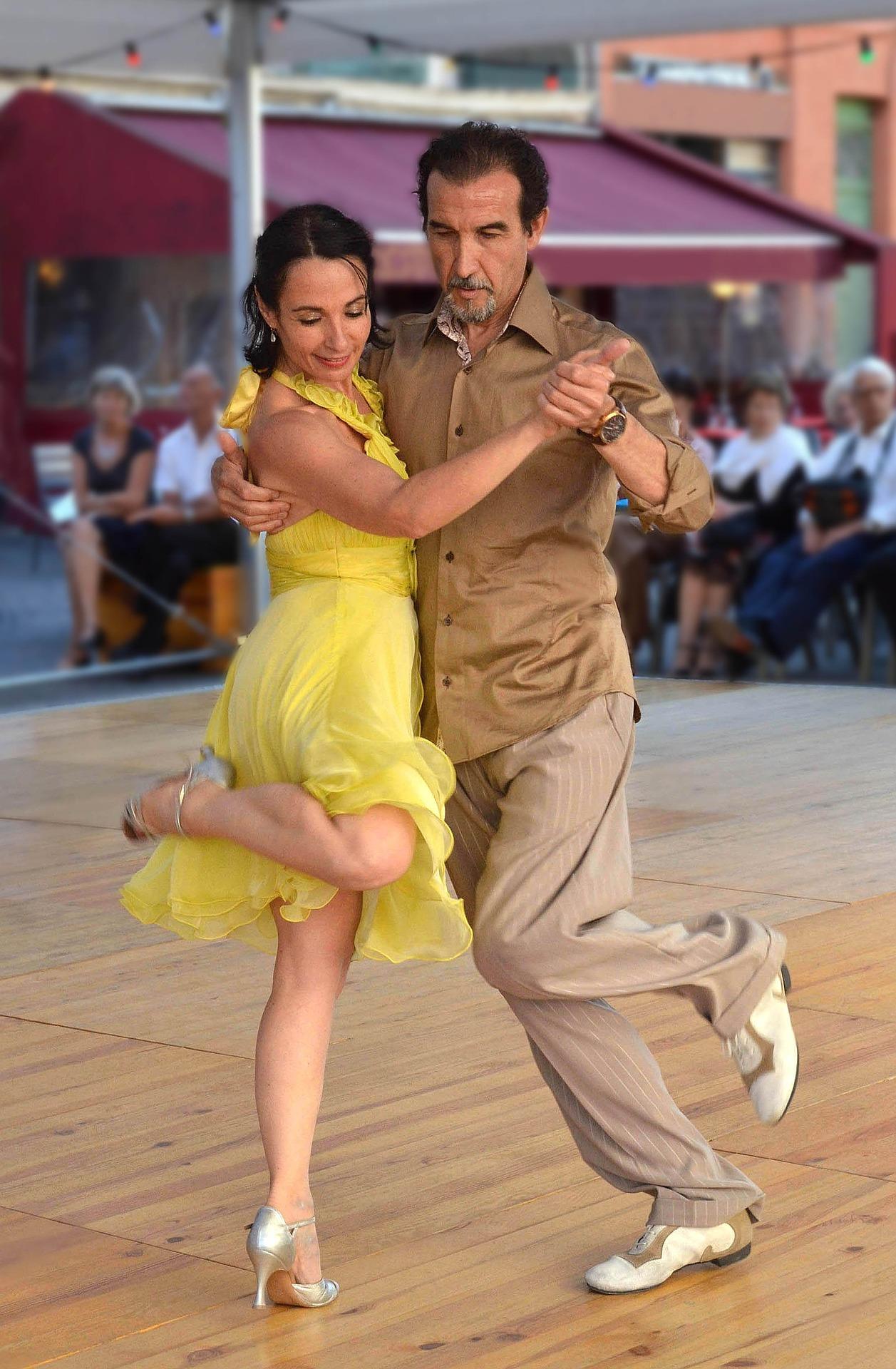 Tanssilavat